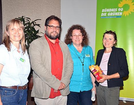 V.l.n.r.: Susanne Miks, Christel Ahlers, Frau Dr. Anita Idel