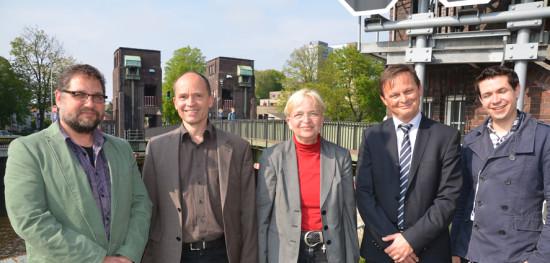Neben mir (v.l.n.r.) Dr. Torsten Stengel (WSA), Dr. Marion Rieken, Rüdiger Oltmanns (WSA), Sebastian Beer