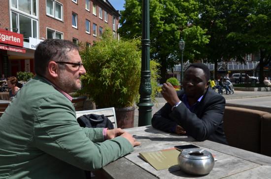 Tief im Gespräch in Emden