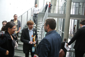 Mit den Petitenten Elisabeth Pertl und Karl Bär (Umweltinstitut München)
