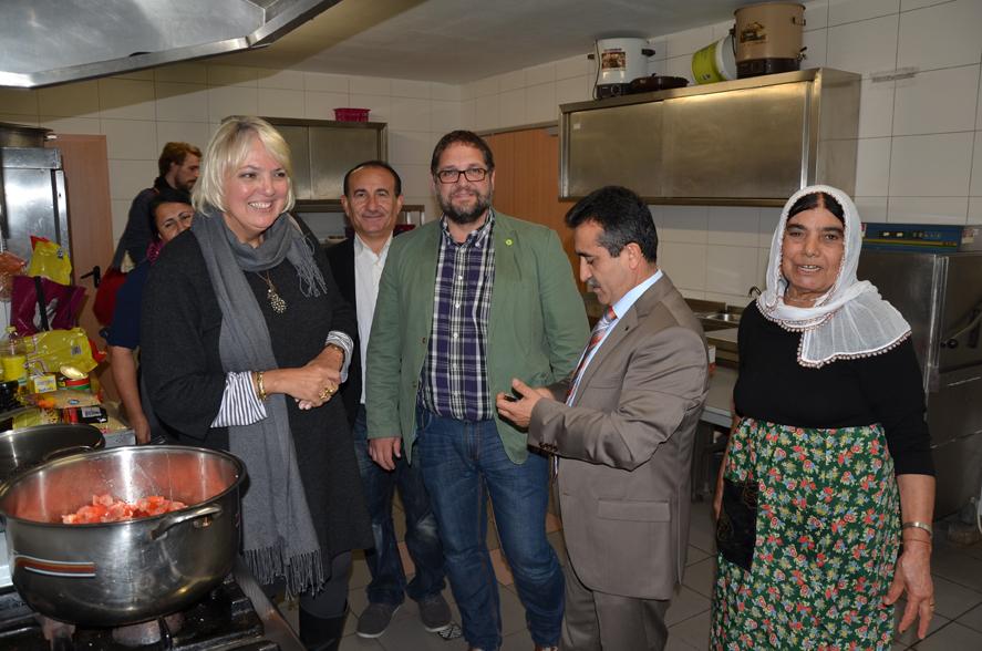 Besichtigung des Yezidischen Zentrums - hier die Küche