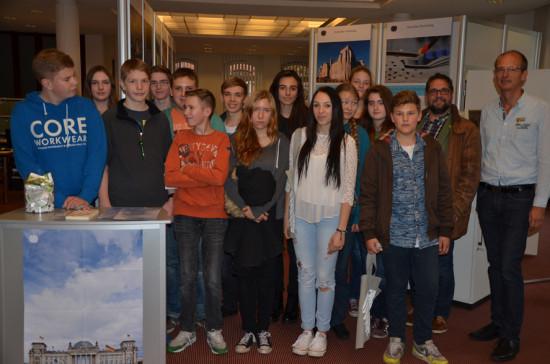Helene Lange Schule, Kl. 9a mit Lehrer Hermann Schepers