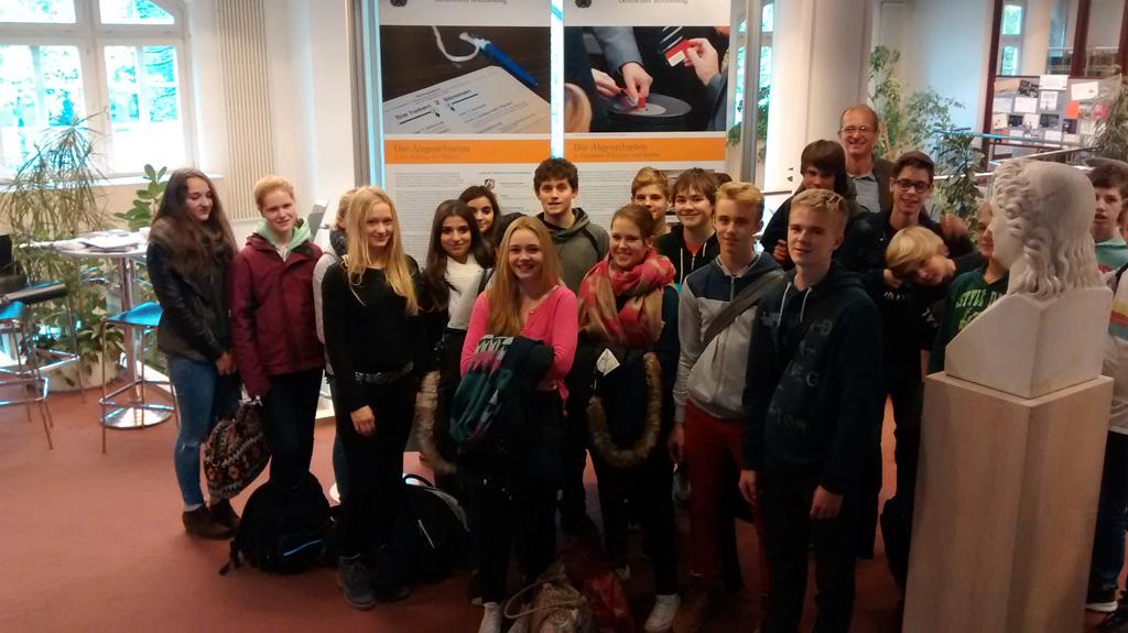 Helene Lange Schule, Kl. 9 mit Lehrer Hermann Schepers
