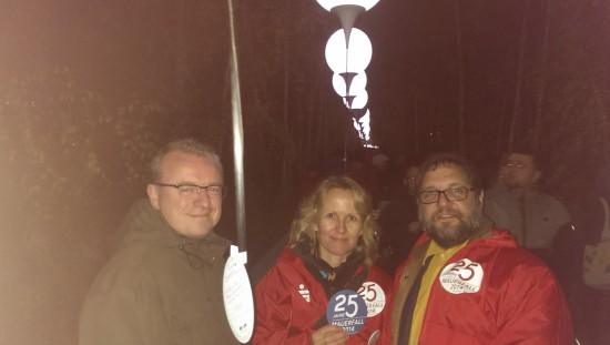 V.l.n.r.: Jochen Gertjejanssen, Steffi Lemke, und der Peter