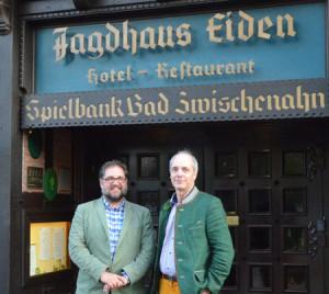 Rechts neben mir Gerd Zur Brügge, Geschäftsführer Jagdhaus Eiden