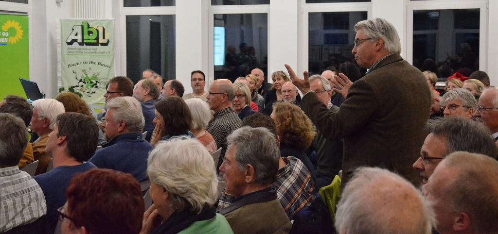 Kompetente Fragen und Beiträge aus dem Publikum
