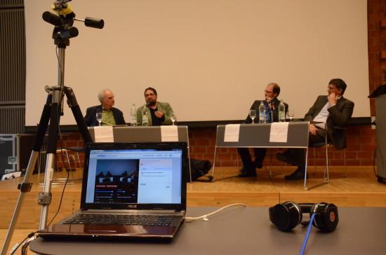 Im BIS-Saal der Uni Oldenburg v.l.n.r.: Michael Golba, ich, Uwe Nestle und Igor Waldl.