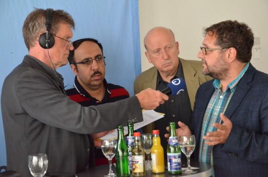 Flüchtlingsberater Ilias Yanc von IBIS e.V., Hans-Henning Adler, Fraktionsvorsitzender der Linken im Oldenburger Rat und ich im Gespräch mit Moderator Stefan Pulß.