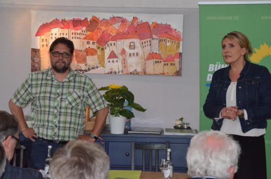 Simone und ich plädieren für eine solidarische Gemeinschaft Europas und wir beiden warnen vor nationalistischen Tendenzen.