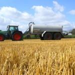 Hauptverursacher der schlechten Gewässerqualität in Niedersachsen sind die Stickstoffeinträge aus der Landwirtschaft [Bildquelle tutto62  / pixelio.de]