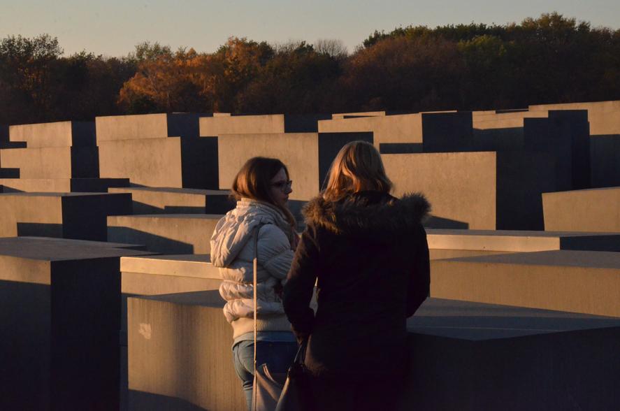 Blick über das 'Denkmal für die ermordeten Juden Europas'