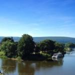 Die Weser am Zusammenfluss von Werra und Fulda [Carlo Schrodt /pixelio.de]