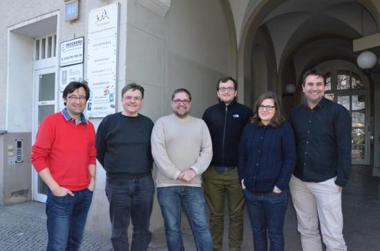 In zwei Tagen im Stadtteilzentrum Alte Feuerwache in Berlin-Kreuzburg das Jahr 2016 mit meinem Team aus Berlin und dem Wahlkreis geplant (v.r.n.l.): Benny, Sarah, Jonas, ich, Jörg und Barthel.