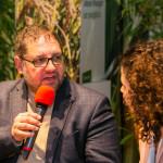 Peter in der Diskussion  am Stand des BMZ auf der  Internationale Gruene Woche