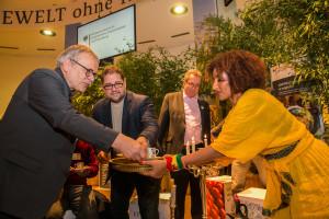 Kaffeezeremonie am Stand  des BMZ auf der  Internationale Gruene Woche