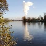 Kohlekraftwerke am Wasser (Foto von Makrodepecher/pixelio.de)