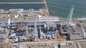 Die schwer beschädigten Reaktoren in Fukushima im März 2011. © picture alliance / dpa