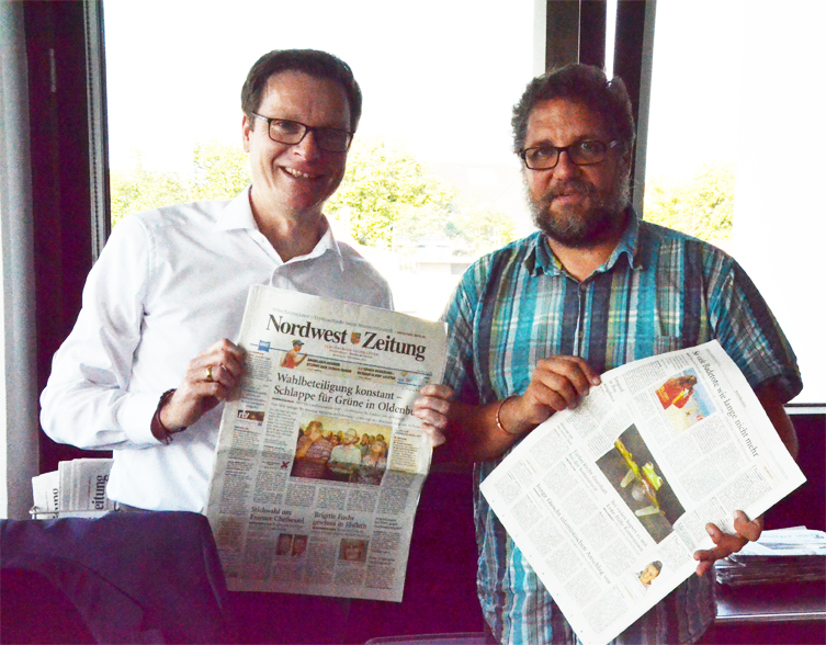 Die Nordwest-Zeitung hat einen neuen Chefredakteur: Herzlich willkommen und Moin, Lars Reckermann. Ich habe ihn in seinem Büro im vierten Stock im Pressehaus in der Peterstraße in Oldenburg besucht und ihm ein gutes Händchen dabei gewünscht, Geschichten aus der Stadt und der Region über ihre Menschen zu erzählen
