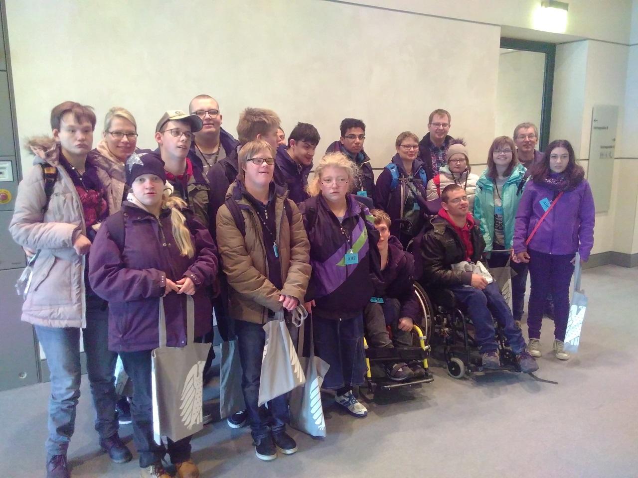 Zu Besuch im Bundestag war die Abschlußklasse der Schule des Vereins für heilpädagogische Hilfe Bad Rothenfelde e.V