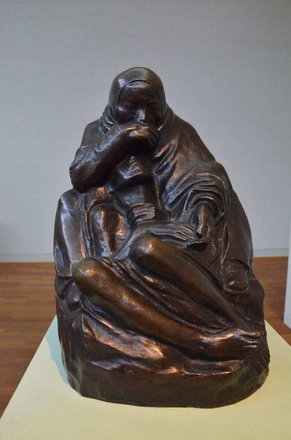 Die berühmte Pietà: Kollwitz und ihr gefallener Sohn.